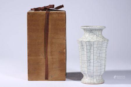 Ge Kiln Gua Ling Vase