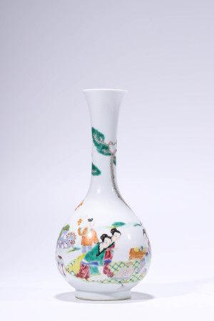 Famille Rose Figure Pattern Vase