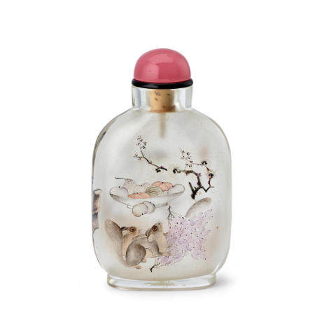 AN INSIDE-PAINTED GLASS BOTTLE Yan Yutian Signed and dated wushu year, corresponding to 1898