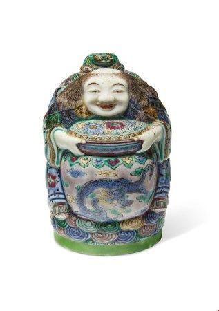中国 清十九世纪 五彩刘海式水滴 CHINA, 19TH CENTURY