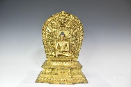 明代铜鎏金靠背释迦摩尼佛,