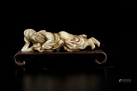 An ivory figure, Japan, Edo period (1603-1868), An ivory figure, Japan, Edo period (1603-1868)