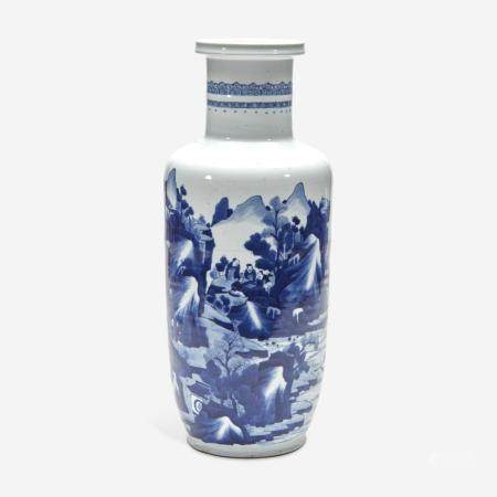 A CHINESE BLUE AND WHITE PORCELAIN ROULEAU VASE 青花山水人物纸槌瓶 KANGXI PERIOD 清 康熙