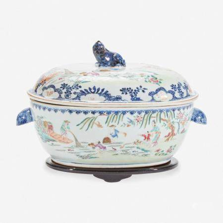 """A CHINESE EXPORT PORCELAIN FAMILLE ROSE-DECORATED """"FISHERMAN"""" TUREEN AND COVER 粉彩出口瓷盖碗 MID EIGHTEENTH CENTURY 十八世纪中叶"""
