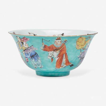 """A CHINESE TURQUOISE GROUND """"BOYS"""" BOWL 五彩松石绿地""""童子""""碗"""