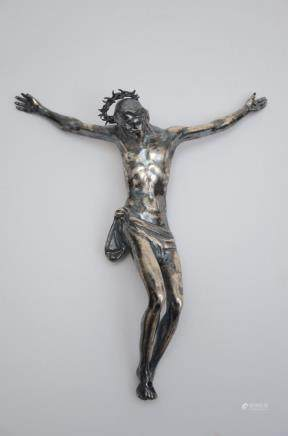 A silver figure of Christ, possibly 17th century (16x19cm)