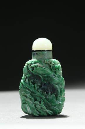 An jadeite carved 'buffalo' snuff bottle