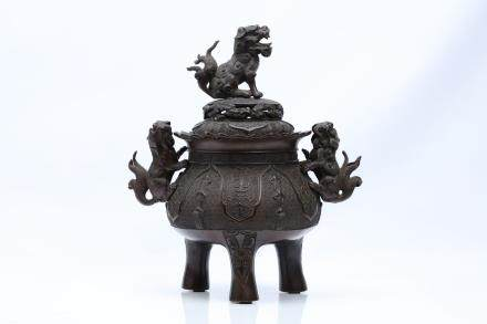 A LARGE BRONZE CENSER.
