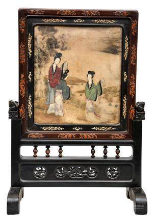 A table screen with alabaster plaque depicting court ladies, the back side a panel in exotic carved wood depicting a mandarin with his pupil, 19thC, H 55 - W 37,5 cm (panels on both front and back side of the foot missing)