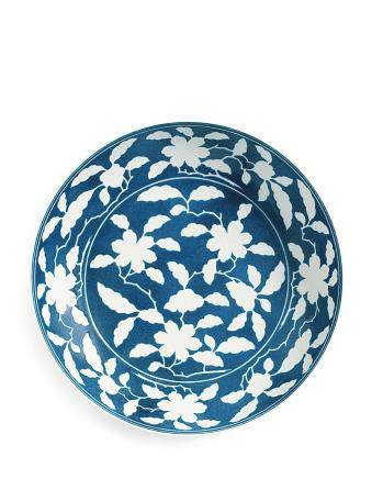 A RARE REVERSE-DECORATED POWDER-BLUE 'GARDENIA' DISH MARK AND PERIOD OF YONGZHENG