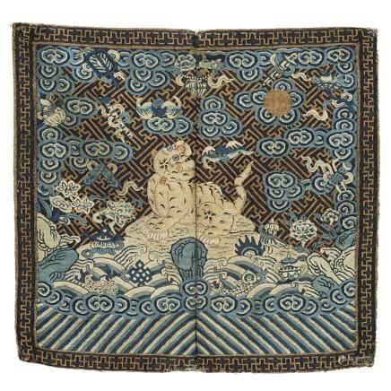 中國 十九世紀 絲綢虎佛紋軍服補子
