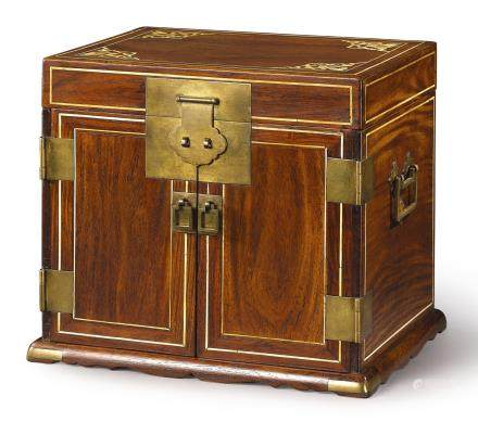 A 'HUANGHUALI' TABLE CABINET, GUANPIXIANG LATE MING – EARLY QING DYNASTY