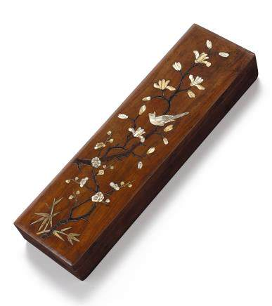 A 'HUANGHUALI' INLAID SCROLL BOX LATE MING – EARLY QING DYNASTY