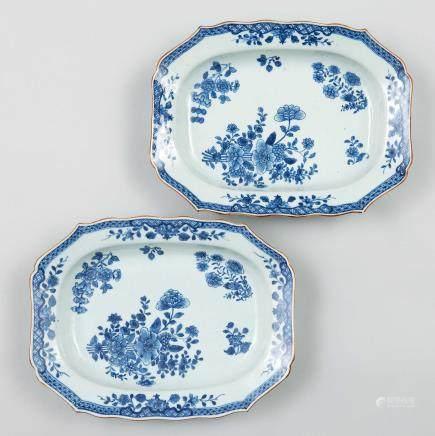 Pareja de fuentes en porcelana de Compañía de Indias, Siglo XVIII