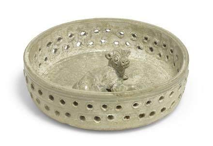 西晉三/四世紀 越窰陶犬窩明器