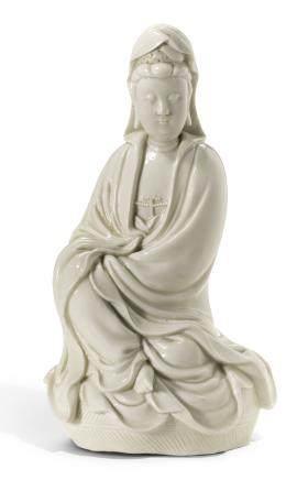 清十八世紀 德化白釉觀音坐像