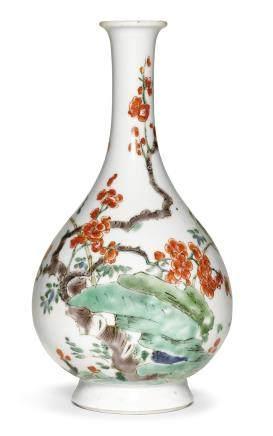 清十八世紀 五彩喜上梅梢紋長頸瓶