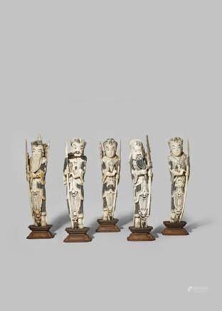 清晚期 象牙雕武將立像 一組五件