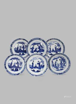 A SET OF SIX CHINESE BLUE AND WHITE SAUCER DISHES