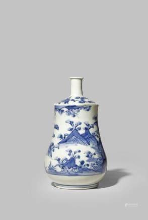 A JAPANESE ARITA BLUE AND WHITE SAKE BOTTLE, TOKKURI