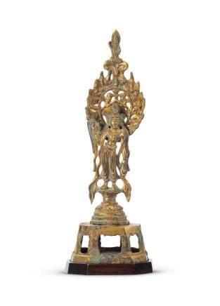 唐  鎏金銅楊柳觀音立像