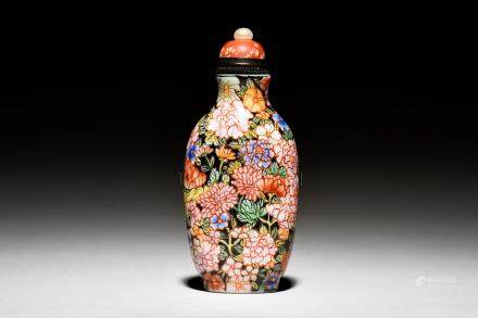 PAINTED GLASS SNUFF BOTTLE 'FLOWERS'