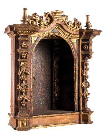 A polychrome painted and gilt wood niche, 17thC, H 41 - W 41 cm