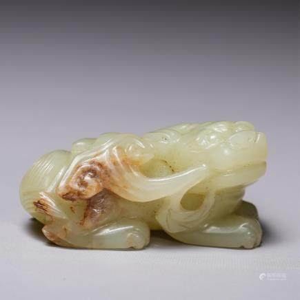 CHINESE MING DYNASTY YELLOW JADE FIGURE OF BEAST