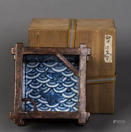 A WOOD PATTERN GLAZED PORCELAIN BRUSH WASHER, QING DAOGUANG PERIOD