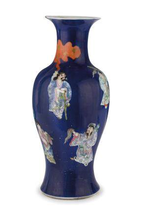 A BLUE GROUND AND 'FAMILLE ROSE' PORCELAIN VASE, CHINA, LATE QING DYNASTY