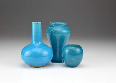 THREE MINIATURE TURQUOISE-GLAZED PORCELAIN VASES