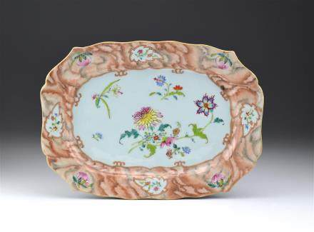 CHINESE EXPORT FAMILLE ROSE FAUX-BOIS PLATTER