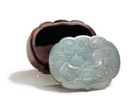清(1644-1912)青白玉蓋盒
