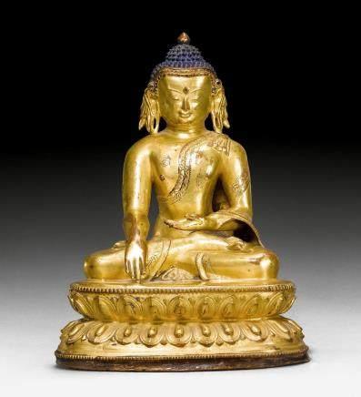 鑄銅鎏金寶冠釋迦摩尼佛像。