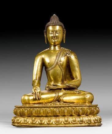 鑄銅鎏金佛像。