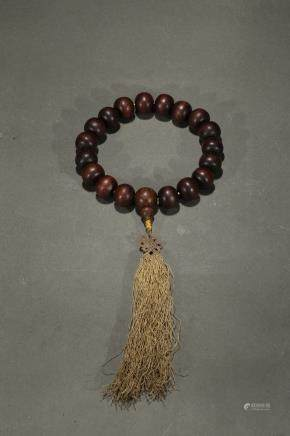 A Qi Nan agarwood rosary bracelet