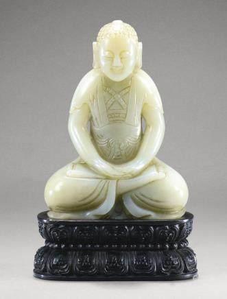清十九世紀 青白玉佛坐像