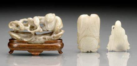 THREE SMALL JADE CARVINGS OF A CICADA