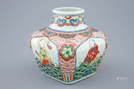A Chinese square wucai bottle vase, Wanli mark, 19th C.