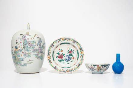 A varied lot of Chinese famille rose and monochrome porcelain, 19/20th C.