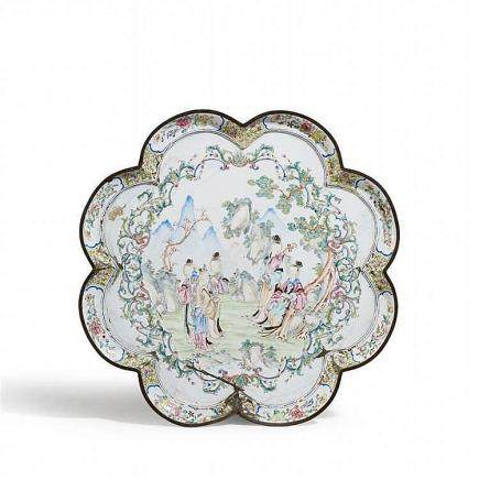 A large painted enamel tray. Probably Canton. 18th century