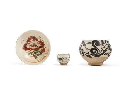 Lot de trois céramiques