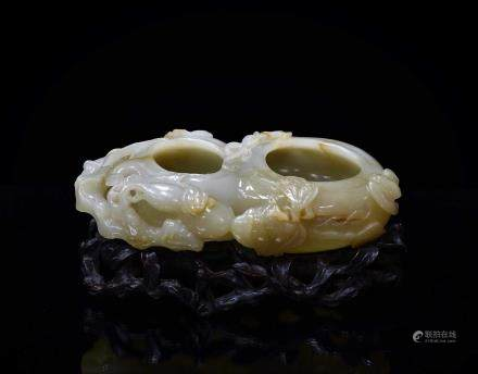 CARVED DOUBLE GOURD BRUSH WASHER JADE ON STAND