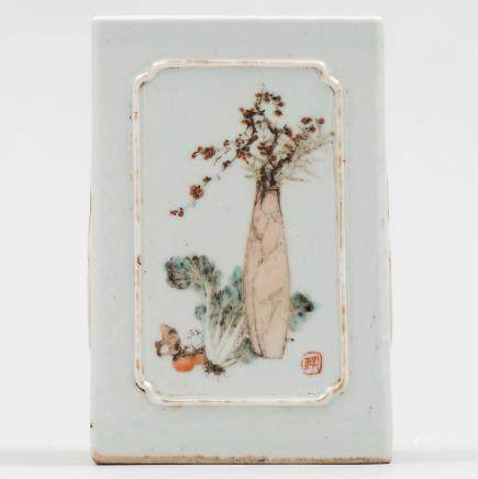 Bote de pinceles en porcelana china. Trabajo chino, Siglo XX