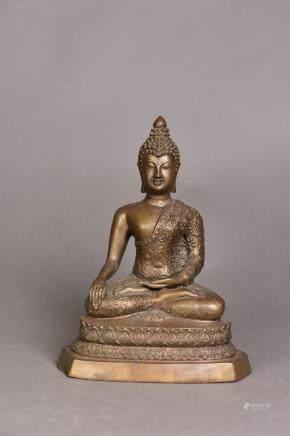 A BRONZE FIGURE OF SAKYAMUNI BUDDHA, SHOWA PERIOD