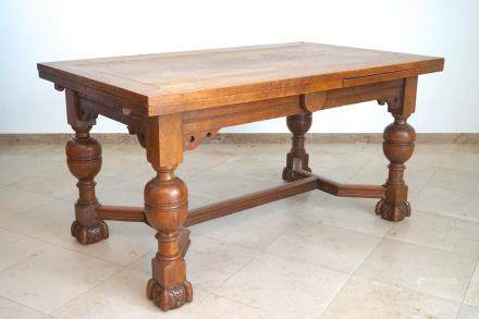 A Flemish renaissance style oak table with stretchers, 19th C.