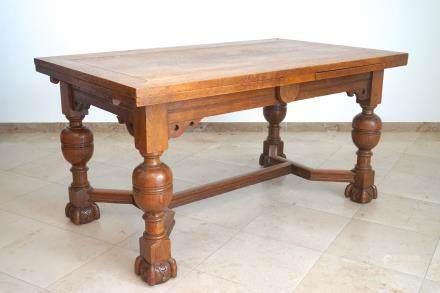 A Flemish renaissance style oak table with stretchers, 19th C.