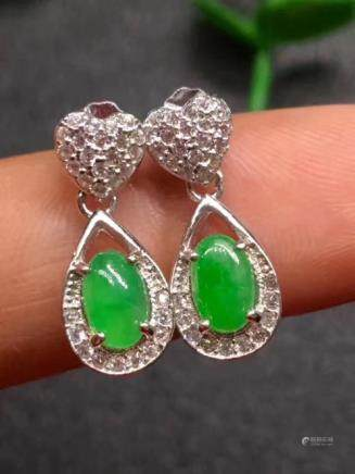 NATURAL BURMA OVAL-SHAPED JADEITE EARRINGS