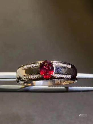 A NATURAL PIGEON-BLOOD COLOR RUBY RING