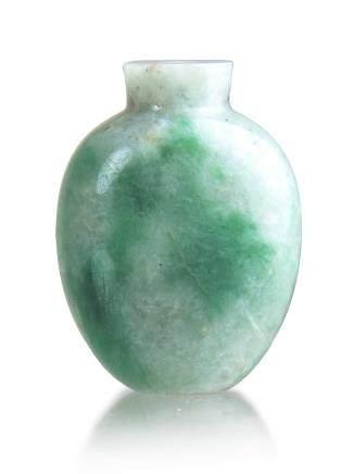 苔紋翡翠鼻煙壺